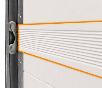Безпека та функціональність гаражних секційних воріт UniTherm. Гумові ущільнення (вставки між панелями)