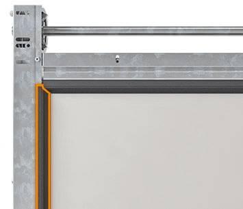 Безпека та функціональність гаражних секційних воріт UniTherm. Бічні ущільнення