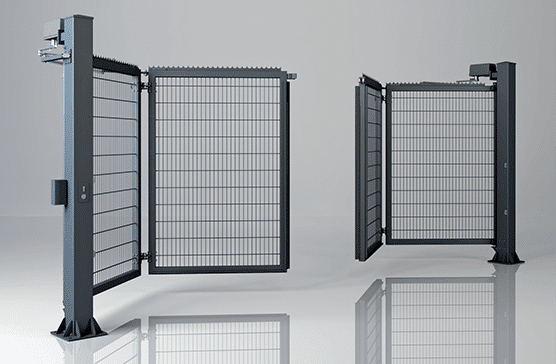 Двостулкові складні промислові ворота V-KING із заповненням решітчастою панеллю Vega 2D Super