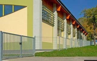 Промислові розпашні ворота та хвіртки wisniowski системи BASTION-11