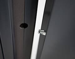 Суцільні сталеві двері wisniowski. Протизнімний штир