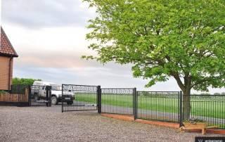 Розпашні ворота та хвіртки для огорожі wisniowski-11