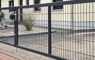 Промислові розпашні ворота та хвіртки wisniowski системи GARDIA-3