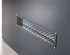 Суцільні сталеві двері wisniowski. Вентиляційна решітка 480×80