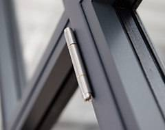 Петля Arte для сталевого промислового вікна