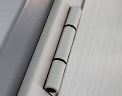 Суцільні сталеві двері wisniowski. Петля | ECO BASIC UNI