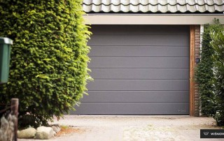 Секційні гаражні ворота UniPro для дому wisniowski-1