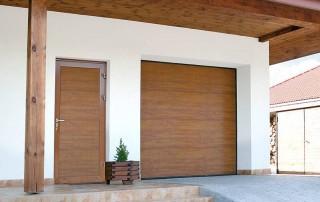 Секційні гаражні ворота UniPro для дому wisniowski-30