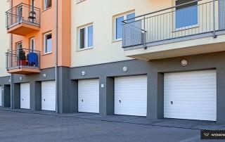 Секційні гаражні ворота UniPro для дому wisniowski-33
