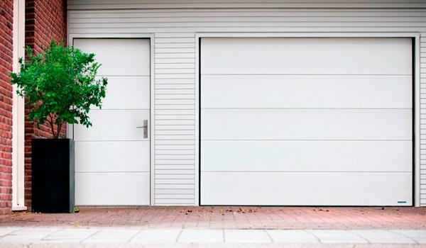 Бокові гаражні двері